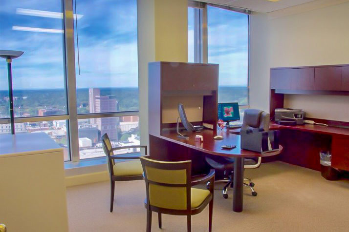 Traditional Office Space vs. Executive Office Suites – What's the difference?